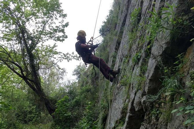 Intermediate Abseiling (Rappelling) - Canyoneering Adventure, Fethiye, TURQUIA