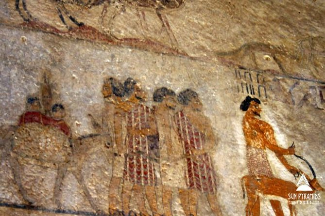To all fans of ancient civilization, don't miss the chance to discover the bride of Upper Egypt 'El Minya' where you can visit the , Beni Hassan, the northern tombs and many more in an amazing 2 day tour from Luxor.<br>