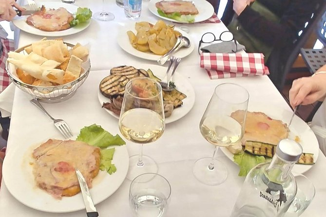 Bologna Food Tour with Wine Tasting & Guided Sightseeing of Top Attractions, Bolonia, ITALIA