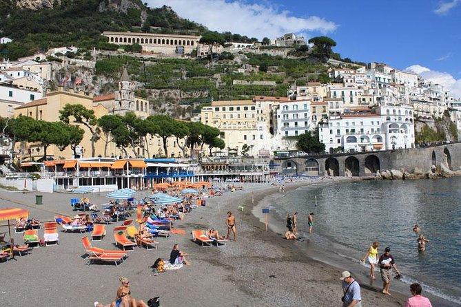 Transfer from Naples to Amalfi (or reverse) via Pompeii 2hr, Napoles, ITALIA