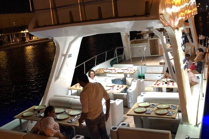 Sibarita Express Crucero por la bahía de Cartagena con cena y vino, Cartagena de Indias, COLOMBIA
