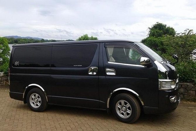 We will pick up you from Colombo international airport and drop off to your hotel in Kandy. We offer you best price and service in the industry. Our drivers are well experience and qualified. They have good knowledge about road conditions all necessary facts. We will stop en-route to shopping, capture and see beautiful places and sceneries. <br>