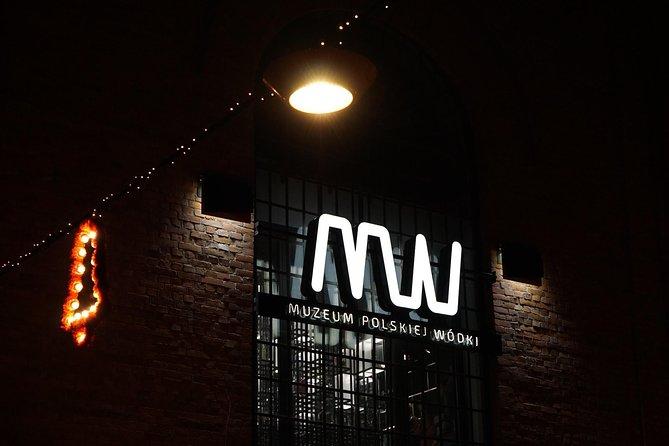 Warsaw Vodka Night Private Tour by Retro Fiat, Varsovia, POLONIA