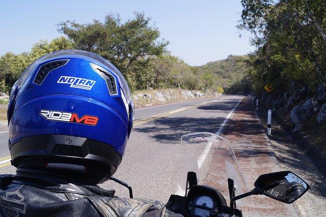 Discover Teotihuacan Pyramids on a Motorcycle, Ciudad de Mexico, MÉXICO