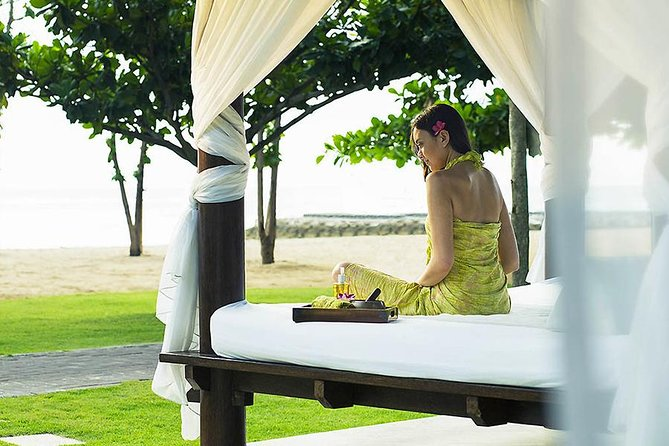 Experience excellentluxurious spaand wellness facilities of Bali Sofitel SoSpa. A Bali spa located inside Sofitel Bali Nusa Dua Luxury Resort. With its signature treatment, Spa at Beach Gazebo, you can relax in special Balinese treatment with an exclusive view of the ocean.Get the best spa treatment in Bali by the professional therapist. The luxurious interior design and tranquility ambiance make the treatment more relaxing and refreshing. Don't worry! So Spa Sofitel also welcomes for outside guests of Sofitel Nusa Dua Resort. Pamper yourself at Spa winning the World Luxury Spa Awards!