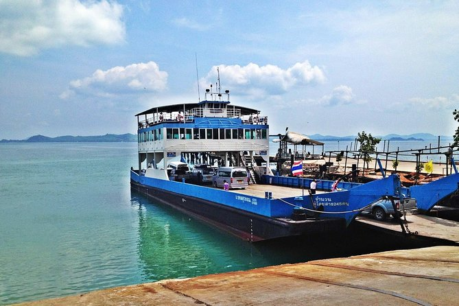 Koh Chang to Bangkok by Centrepoint Ferry and Thai Sriram Coach, Ko Chang, TAILANDIA