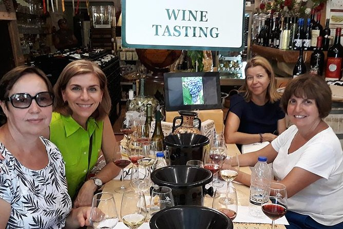 Wine and Food Tastings Walking Tour, ,