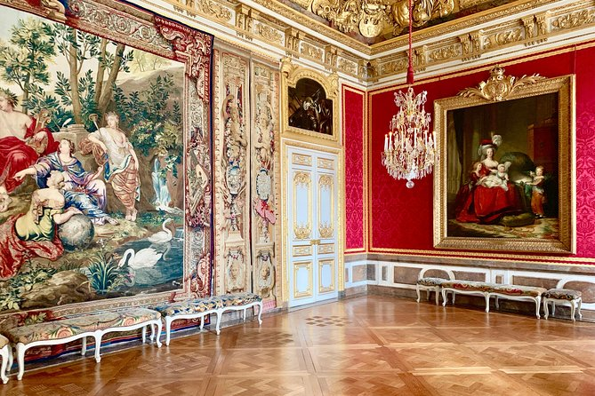 Versailles Palace Skip The Line Access Half Day Private & Tailored Guided Tour, Paris, FRANCIA