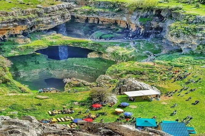 Private Car-Jeita Grotto, Harissa & Baatara Waterfall -Full Day tour From Beirut, Beirut, LIBANO