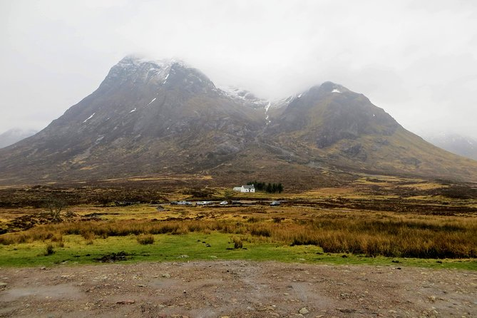 Our Glasgow, Lochs & Glens tour is private and completely tailor-made to your interests and needs.<br><br>From exciting metropolis filled with culture and art to stunning natural spots full of beauty and history: this tour has it all! Set out on an unforgettable journey with Brambling Bus and cross out all the points from your Scottish wish list!<br><br>If you wish to tell us about any particular thing you'd like to see on your visit, don't hesitate to contact us. Otherwise, see you in Scotland for an amazing adventure!