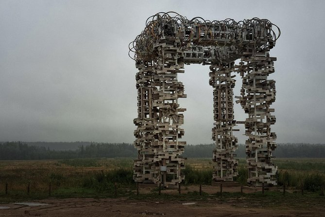 """Do you want to visit a very unusual and even weird place? You've chosen the right tour! We will go to the very unique land-art park located in the National Reserve. It's not easy to find the border between architecture and art in this place. <br><br>All land-art monuments are embedded in the amazing Russian nature... In my humble opinion, this place is heaven for all kinds of photographers! If we are lucky, we will meet a sunset looking at some monumental architecture forms.<br><br>What's more? I will give you an insight into the regular life of Russian """"selo"""", some kind of modern villages. We will see a lot of wooden houses and locals, of course. Be ready to a very unusual experience!"""