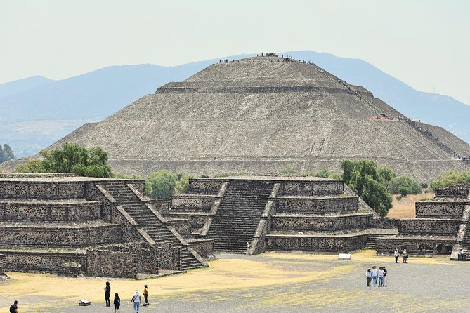 Small Group Teotihuacan Pyramids And Shrine Of Guadalupe From Mexico City La Vacanza Travel
