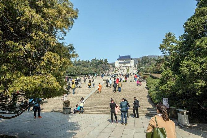 Nanjing Private Tour: Sun Yat-Sen Mausoleum, Linggu Temple, Confucius Temple, Nanjing, CHINA