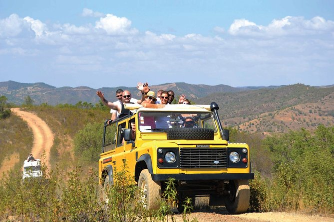 Benagil Secrets: Jeep and Boat Tour with Wine Tasting, ,