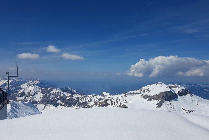 Schilthorn-Piz Gloria (James Bond world) - small group tour from Bern, Berna, Suíça