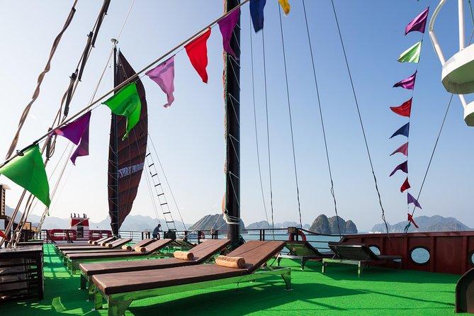 Overnight Halong Bay-Lan Ha Bay Cruise with Hanoi Pickup and Drop-off, Hanoi, Vietnam