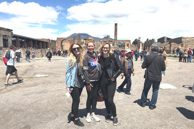 Full day guided tour of Pompeii's most famous and interesting sites led by a top-rated English speaking local guide. <br><br>The tour includes the Forum, the Theatre, the Galdiators' Barracks, the Pleasure Houses, the Baths and the extraordinary Villas newly opened to public after long restoration.