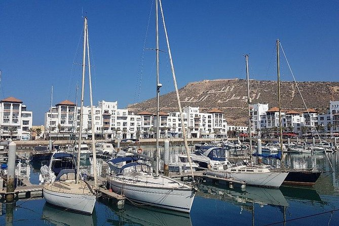 boat trip from 9 am to 3 pm fishing & swimming & barbecue & dessert, Agadir, MARRUECOS