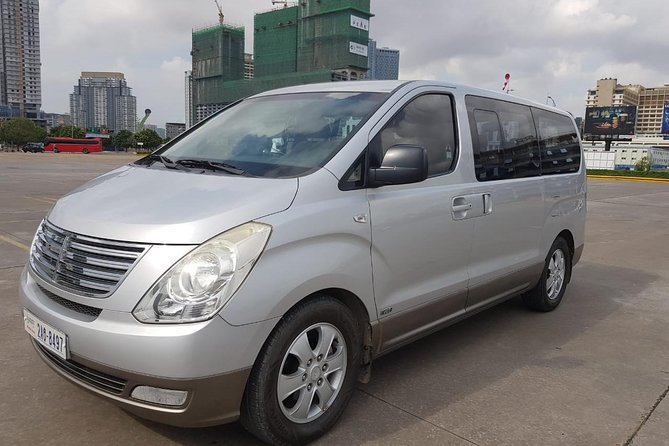 Taxi private ground transfer from Koh Chang hotels in Thailand to Siem Reap in Siem Reap Angkor Wat Cambodia. It will take 10hr in between plus 1:30 hours on process document on the border crossing. We take care of passenger door to door service. The private journey from Koh Chang Island to Siem Reap. <br><br>Private driver on car sedan or minivan going to pick up clients from their hotels in Koh Chang travel down by ferry to Trat dock than to Poipet border crossing point, where clients do their Via and clearing immigration for the new arrival to Cambodia. Next, our team helps clients to cross the border to another vehicle in Cambodia to transfer to hotel in Siem Reap town. <br>