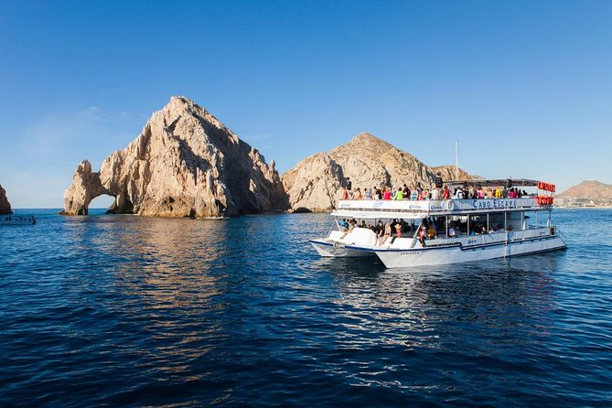 Sunset Dinner Cruise with Open Bar from Cabo San Lucas, Los Cabos, MÉXICO