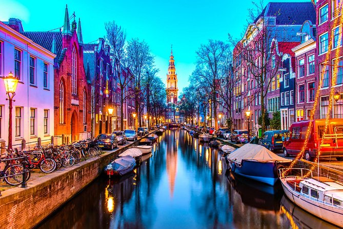 Traslado privado a la llegada: desde el aeropuerto de Ámsterdam hasta el centro de Ámsterdam en una lujosa furgoneta, Amsterdam, HOLANDA