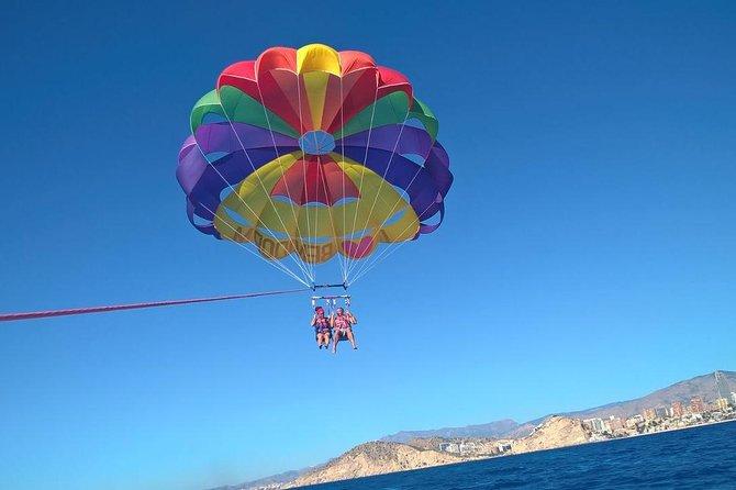 Parasailing Flight in Benidorm, Benidorm, ESPAÑA