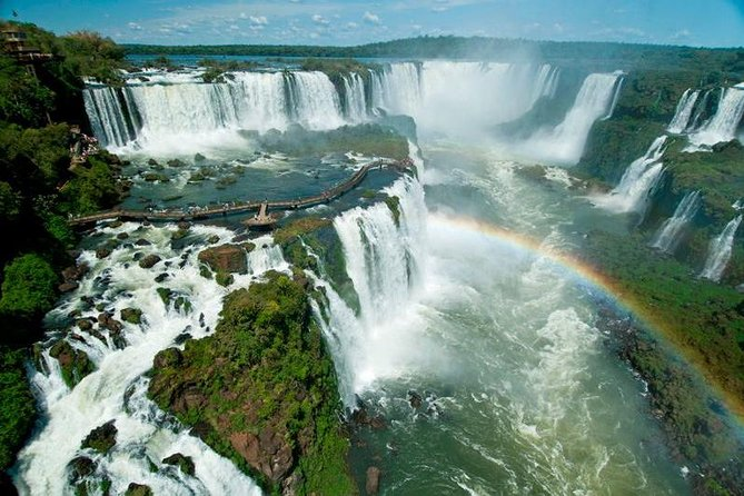 This is the best option for you that wanna visit both side of the falls and have only one day at the 3 border area. The guide will help you to optimize your day , do the border procedures for you and show you the best views of the waterfalls both at Brazilian and Argentinian side.