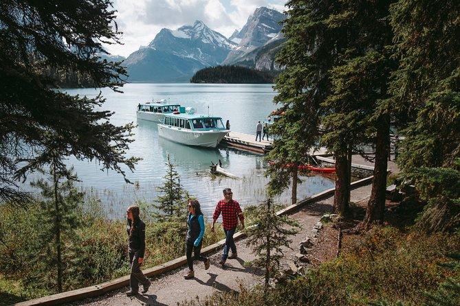 Maligne Lake Cruise, Jasper, CANADA