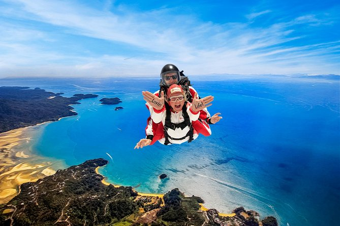 Because the location is perfect, and our team puts everything into making it totally memorable – a tandem skydive with Skydive Abel Tasman is your thrill of a lifetime opportunity. We are so glad you found us!