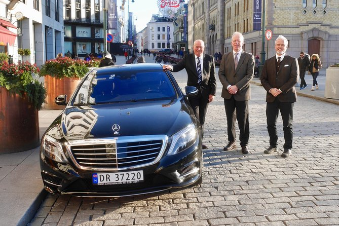 Private 5-hrs Oslo Exclusive Driverguide Luxury Limo/Van-Tour incl Museums, Oslo, NORUEGA