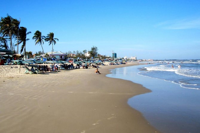 The tours take us over 2 hours to visit Vung Tau City by air con tourist bus or private transport or approximately 1 hour 15 minutes to go there by the high speed hydrofoil from Ho Chi Minh City. There are some ideal destinations that the nature has sent such as Front Beach, Back Beach, Pinapple Beach, Mulberry Beach. Vung Tau has been remarkable not only by beautiful beaches, entertainment areas, but also some unique festivals such as Dinh Co Festival, Nghinh Ong Festival, Thang Tam Festival, Feast of Mary and Mother of God. Moreover, you will see many other extraordinarily wonderful and charming landscapes in Vung Tau.<br>