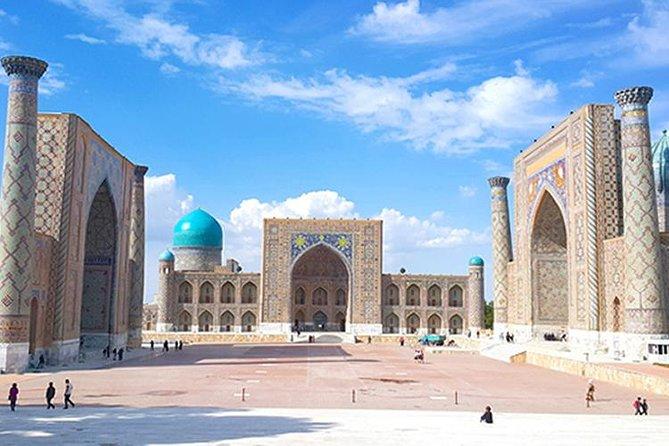 Vehicle tours along Uzbekistan, Tashkent, UZBEKISTAN