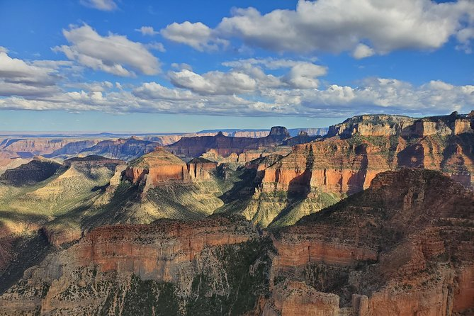 Private Grand Canyon tour in a luxury SUV with an expert local guide.<br><br> Secluded vistas away from the crowds.<br><br> Fantastic lunch in a historic lodge where Teddy Roosevelt once frequented!