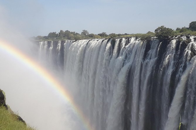 "Comprehensive Guided Tour of the Victoria Falls on the Zambian side<br><br>Take you to a nearby restaurant /lodge for you to buy your own lunch.<br><br>Comprehensive Guided Tour of the Victoria Falls on the Zimbabwean side<br><br>The two tours complement each other as Zambia is full of ""nooks and crannies"" and Zimbabwe is very panoramic"