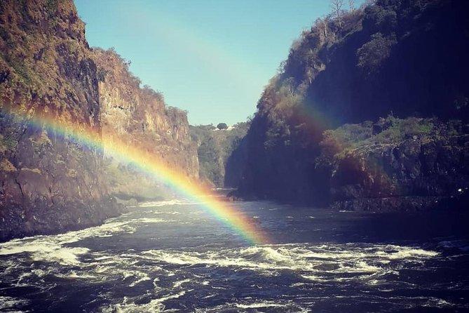 Victoria Falls Day Trip (Zambia & Zimbabwe) Combined Guided Tour Experience, Livingstone, Zimbábue