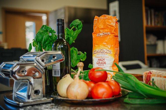 Kiwi Culinary Experience: Five Star Local Cuisine Hands-On Cooking Class, Dunedin y la peninsula de Otago, NUEVA ZELANDIA