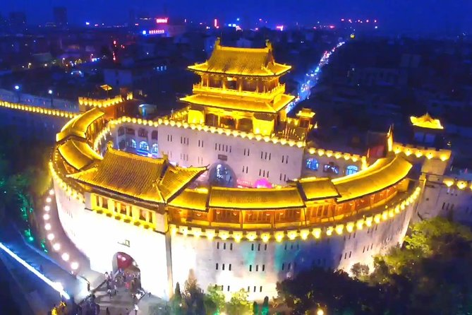 Private Night Tour of Luoyang Ancient Culture Street and Luoyi Old Town with Light Show, Luoyang, CHINA