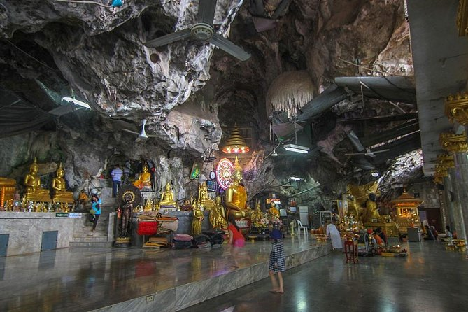 Krabi City Tour with Reclining Buddha, Tiger Cave Temple & Khao Khanab Nam, Krabi, TAILANDIA