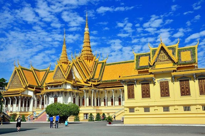 Phnom Penh Discovery Tour ( Including all services) is one of the best tour arrangements in Cambodia. Explore Phnom Penh on a full-day tour of the vibrant capital. Admire the stately columns of the Royal Palace known as the resident of Cambodia King and see the beautiful inside the Silver Pagoda. Then, climb up to the hilltop Wat Phnom by the foundation of the city. At afternoon, lunch at local restaurant. After having lunch, move to Cambodia's tragic past at the Tuol Sleng Genocide Museum, the former site of the Security Prison 21 (S-21) and Killing Field established by the Khmer Rouge regime. Along the way to Killing Field and S21 ,you will see the Independence Monument which was build in 1958 by Father King Norodom Sihanouk. At the end, free you own time by shopping at Central Market where thousand goods are sold at there. <br><br>We provide you with many time options, so you can select one to accommodate your tour.
