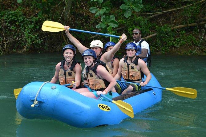 Excursión por la costa de Falmouth: Aventura de rafting en Jamaica en Río Bueno, Trelawny, JAMAICA