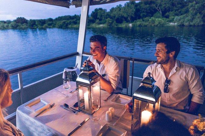 Crucero con cena por el río Zambezi, Cataratas Victoria, ZIMBABUE