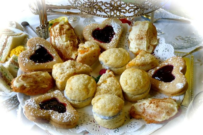 These tea room delicacies are delicious and easy to make.<br><br>They look complicated and fancy - so you can impress your family and friends!<br><br>No special knowledge of baking, cooking, food preparation or measuring is required.<br>