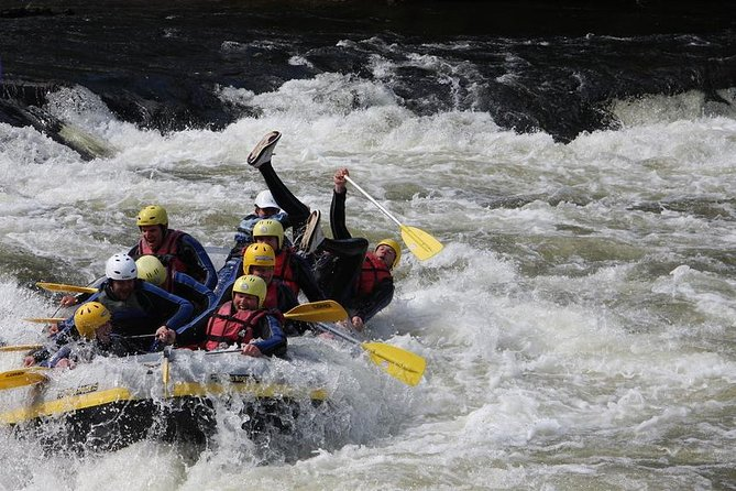 White Water Rafting and Stand Up and Paddle Boards on the River Tay from Aberfeldy, Aberfeldy, Escócia