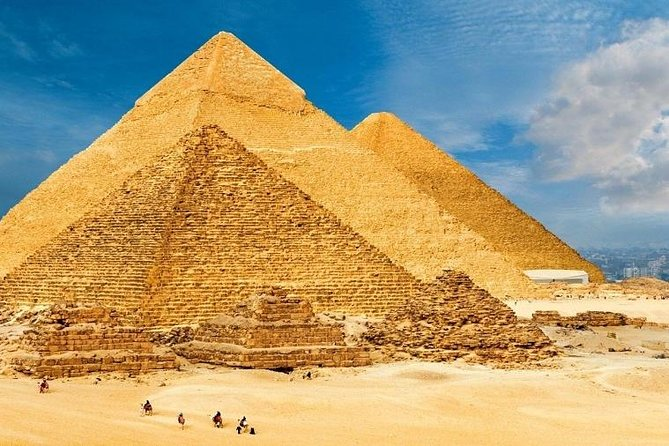 See the classic sites of ancient Egypt on this private day tour from Cairo to the Great Pyramids of Giza, the Sphinx, and the step pyramids of Sakkara with the luxury of your own qualified Egyptologist tour guide.<br><br>Also,enjoy a camel ride for 30 minutes