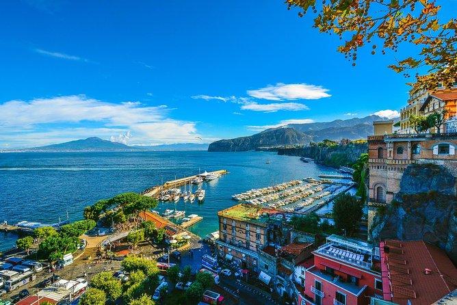 MÁS FOTOS, Private Transfer from Amalfi to Sorrento: Door-to-Door, English-speaking driver