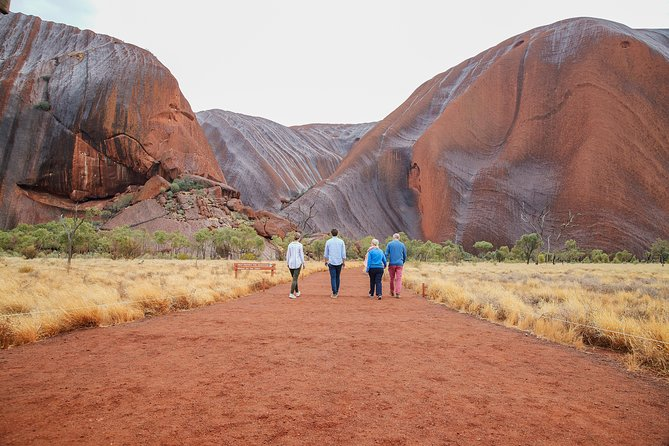 Uluru Base and Sunset Half-Day Trip with Optional Outback BBQ Dinner, Ayers Rock, AUSTRALIA