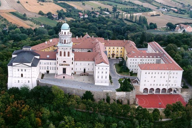 UNESCO Pannonhalma Abbey private tour with Tata and Gyor town visit, Szentendre, HUNGRIA