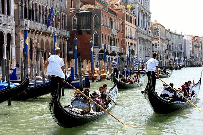 Passeio de gôndola em Veneza, Veneza, Itália