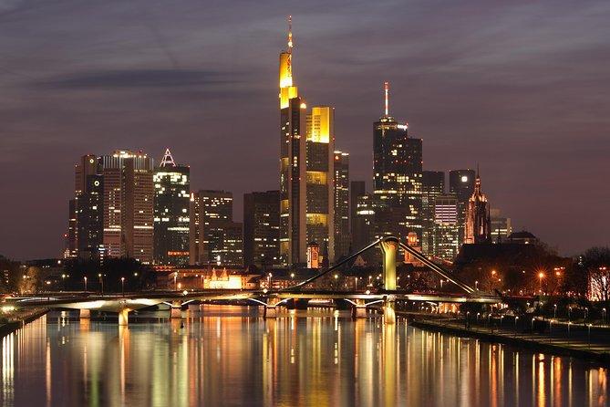 Private Departure from Frankfurt City Center to Frankfurt am Main Airport (FRA), Frankfurt, ALEMANIA