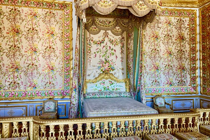Skip-the-Line Versailles Palace & Gardens Audio Tour with Private Transportation, Paris, FRANCIA